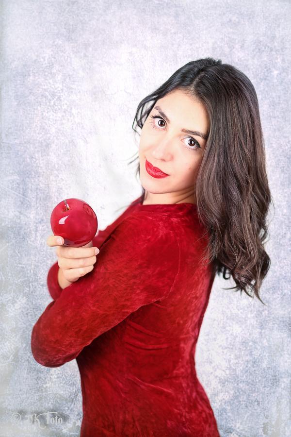 Model: Winona K.