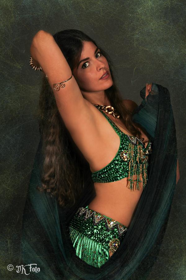 Model: Fran Cesca